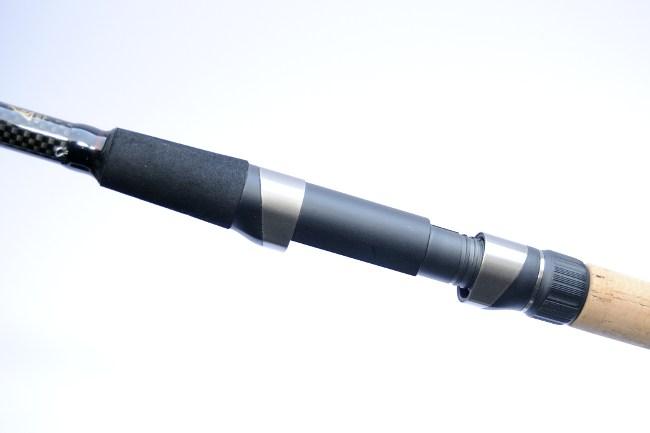 Der Rollenhalter der Catana CX Feeder Multi Medium macht einen guten Eindruck.